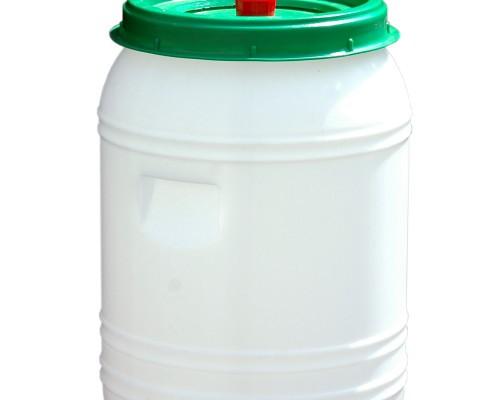 Fässer und Tonnen